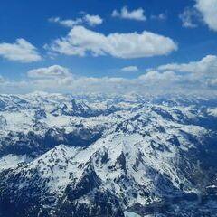 Flugwegposition um 12:17:11: Aufgenommen in der Nähe von Gemeinde Weißpriach, 5573, Österreich in 3102 Meter