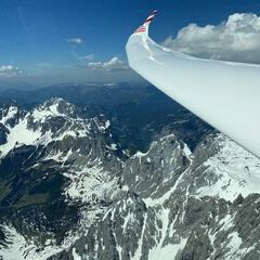 Flugwegposition um 11:32:14: Aufgenommen in der Nähe von Gemeinde Filzmoos, 5532, Österreich in 2826 Meter