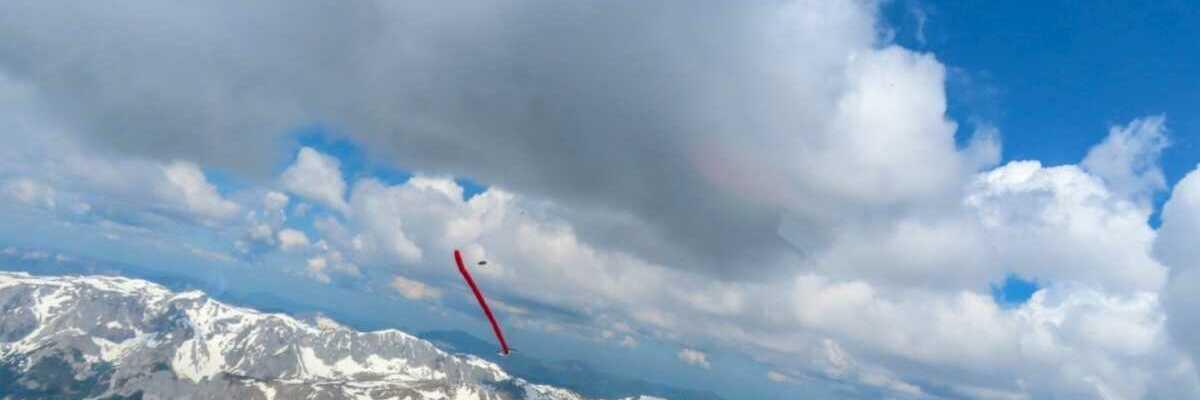 Flugwegposition um 10:07:15: Aufgenommen in der Nähe von Aflenz Land, Österreich in 2101 Meter