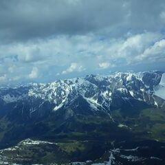 Flugwegposition um 13:11:37: Aufgenommen in der Nähe von Gemeinde Goldegg, Goldegg, Österreich in 3032 Meter