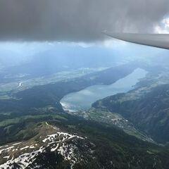 Flugwegposition um 14:26:43: Aufgenommen in der Nähe von Gemeinde Feld am See, Österreich in 3060 Meter