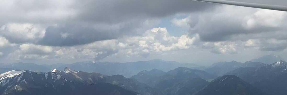 Flugwegposition um 11:03:18: Aufgenommen in der Nähe von Gemeinde Weißensee, Österreich in 2433 Meter