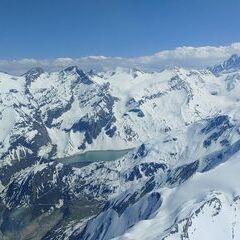 Flugwegposition um 14:02:59: Aufgenommen in der Nähe von Gemeinde Kaprun, Kaprun, Österreich in 3058 Meter