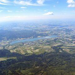 Flugwegposition um 12:43:22: Aufgenommen in der Nähe von Gemeinde Oberwang, 4882 Oberwang, Österreich in 2391 Meter