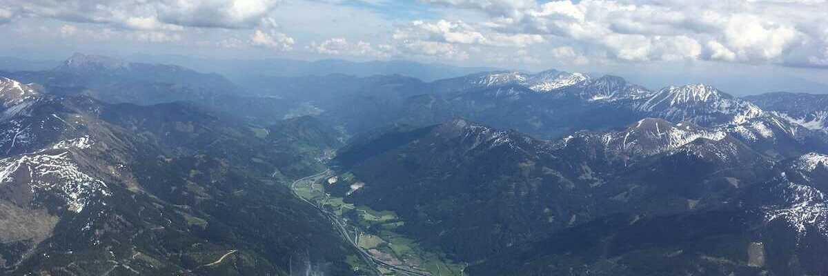 Flugwegposition um 12:27:49: Aufgenommen in der Nähe von Gaishorn am See, Österreich in 3026 Meter
