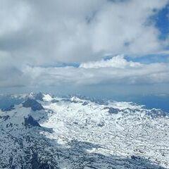 Verortung via Georeferenzierung der Kamera: Aufgenommen in der Nähe von Neunkirchen, 2620 Neunkirchen, Österreich in 1300 Meter