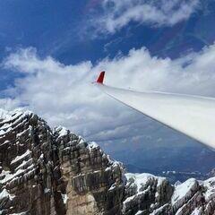 Flugwegposition um 12:45:28: Aufgenommen in der Nähe von Gemeinde Ramsau am Dachstein, 8972, Österreich in 2758 Meter
