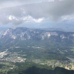 Flugwegposition um 12:19:54: Aufgenommen in der Nähe von Municipality of Kranjska Gora, Slowenien in 2460 Meter