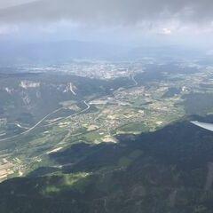 Flugwegposition um 12:19:59: Aufgenommen in der Nähe von Municipality of Kranjska Gora, Slowenien in 2484 Meter