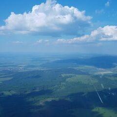 Flugwegposition um 15:37:39: Aufgenommen in der Nähe von Okres Hodonín, Tschechien in 1187 Meter