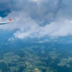 Flugwegposition um 12:17:40: Aufgenommen in der Nähe von Gemeinde Krieglach, Krieglach, Österreich in 2385 Meter