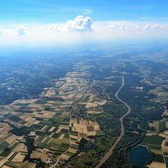 Flugwegposition um 13:03:37: Aufgenommen in der Nähe von Lendava, Slowenien in 2063 Meter