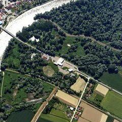 Flugwegposition um 13:03:26: Aufgenommen in der Nähe von Lendava, Slowenien in 2068 Meter