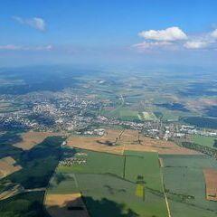 Flugwegposition um 13:52:34: Aufgenommen in der Nähe von Okres Nitra, Slowakei in 2053 Meter