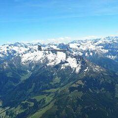 Flugwegposition um 12:03:35: Aufgenommen in der Nähe von Gemeinde Stuhlfelden, Stuhlfelden, Österreich in 3073 Meter