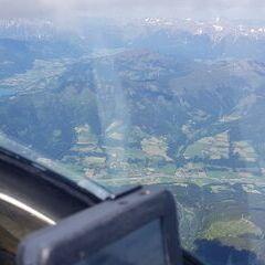 Flugwegposition um 12:28:55: Aufgenommen in der Nähe von Gemeinde Fusch an der Großglocknerstraße, 5672 Fusch an der Großglocknerstraße, Österreich in 3561 Meter