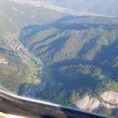 Flugwegposition um 17:32:16: Aufgenommen in der Nähe von Veitsch, St. Barbara im Mürztal, Österreich in 1651 Meter