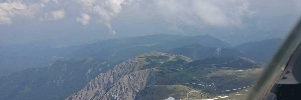 Verortung via Georeferenzierung der Kamera: Aufgenommen in der Nähe von Gemeinde Schwarzau im Gebirge, Österreich in 2500 Meter