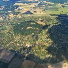Flugwegposition um 14:55:41: Aufgenommen in der Nähe von Kreis Ajka, Ungarn in 1792 Meter