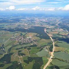 Flugwegposition um 11:59:18: Aufgenommen in der Nähe von Okres České Budějovice, Tschechien in 1946 Meter