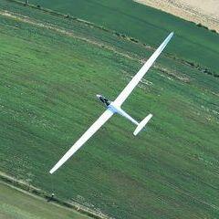 Flugwegposition um 13:13:10: Aufgenommen in der Nähe von Gemeinde Raabs an der Thaya, Österreich in 1405 Meter