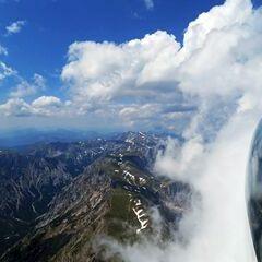 Flugwegposition um 10:41:56: Aufgenommen in der Nähe von Gemeinde Turnau, Österreich in 2437 Meter