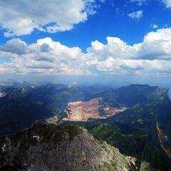 Flugwegposition um 13:32:41: Aufgenommen in der Nähe von Radmer, 8795, Österreich in 2454 Meter