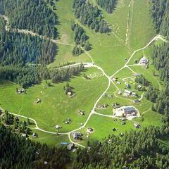 Flugwegposition um 14:10:03: Aufgenommen in der Nähe von Aflenz Land, Österreich in 2426 Meter