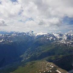 Verortung via Georeferenzierung der Kamera: Aufgenommen in der Nähe von Gemeinde Großkirchheim, 9843, Österreich in 3300 Meter