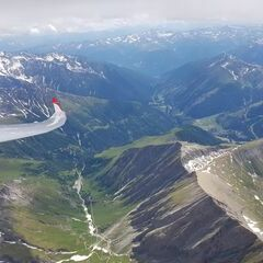 Verortung via Georeferenzierung der Kamera: Aufgenommen in der Nähe von Gemeinde Kals am Großglockner, 9981, Österreich in 4044 Meter