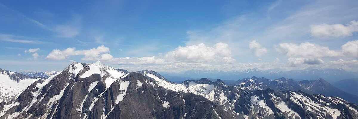 Verortung via Georeferenzierung der Kamera: Aufgenommen in der Nähe von Gemeinde Finkenberg, Österreich in 3148 Meter