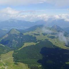 Flugwegposition um 09:48:07: Aufgenommen in der Nähe von Gemeinde Abtenau, Österreich in 2218 Meter