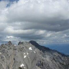Flugwegposition um 11:46:40: Aufgenommen in der Nähe von Gemeinde Ramsau am Dachstein, 8972, Österreich in 2484 Meter