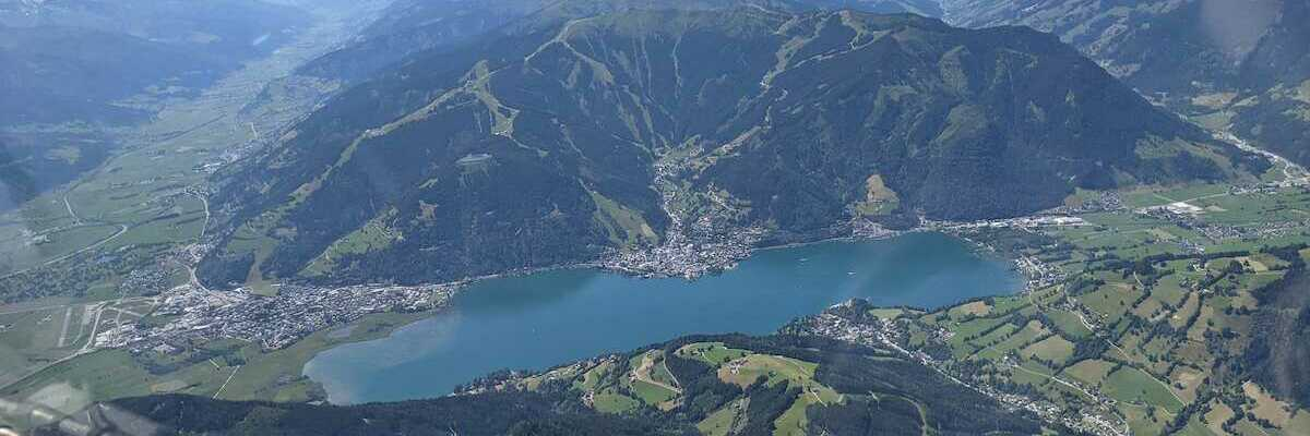 Verortung via Georeferenzierung der Kamera: Aufgenommen in der Nähe von Gemeinde Zell am See, 5700 Zell am See, Österreich in 700 Meter