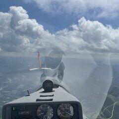 Flugwegposition um 12:18:37: Aufgenommen in der Nähe von Gemeinde Reichenau an der Rax, Österreich in 2000 Meter