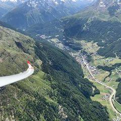 Flugwegposition um 11:40:36: Aufgenommen in der Nähe von Gemeinde Sölden, Österreich in 2674 Meter