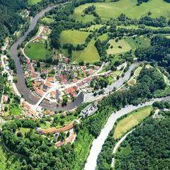 Flugwegposition um 11:41:35: Aufgenommen in der Nähe von Okres Český Krumlov, Tschechien in 1166 Meter