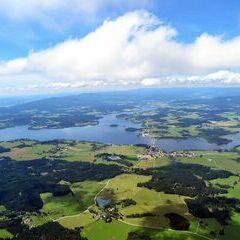 Flugwegposition um 12:02:34: Aufgenommen in der Nähe von Okres Český Krumlov, Tschechien in 1886 Meter