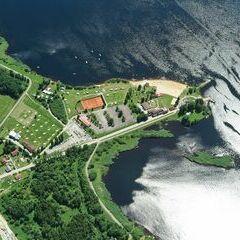 Flugwegposition um 12:07:55: Aufgenommen in der Nähe von Okres Český Krumlov, Tschechien in 1695 Meter