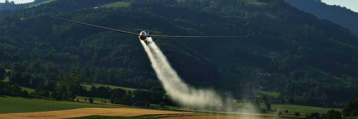 Flugwegposition um 16:41:02: Aufgenommen in der Nähe von Gemeinde Micheldorf in Oberösterreich, Österreich in 452 Meter