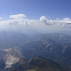 Flugwegposition um 13:47:08: Aufgenommen in der Nähe von Donnersbach, Österreich in 2422 Meter