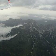 Flugwegposition um 15:16:16: Aufgenommen in der Nähe von Gemeinde Filzmoos, 5532, Österreich in 3009 Meter