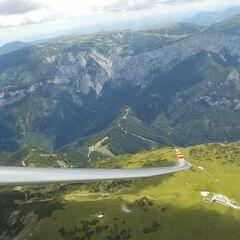 Flugwegposition um 09:15:57: Aufgenommen in der Nähe von Gemeinde Turnau, Österreich in 770 Meter