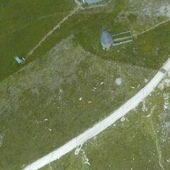 Flugwegposition um 10:40:32: Aufgenommen in der Nähe von Altenberg an der Rax, Österreich in 2059 Meter
