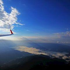 Flugwegposition um 05:33:53: Aufgenommen in der Nähe von Municipality of Dravograd, Slowenien in 2403 Meter