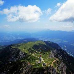 Flugwegposition um 10:27:31: Aufgenommen in der Nähe von Gemeinde Fresach, Fresach, Österreich in 2300 Meter