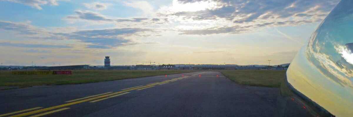 Flugwegposition um 05:10:29: Aufgenommen in der Nähe von Dobl, 8143, Österreich in 1258 Meter