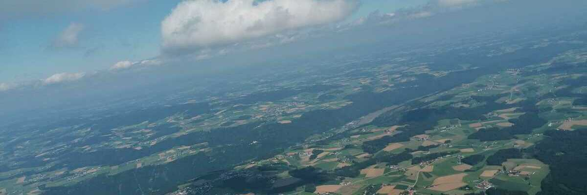 Flugwegposition um 13:17:36: Aufgenommen in der Nähe von Kopfing im Innkreis, Österreich in 1767 Meter