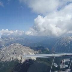 Flugwegposition um 12:25:54: Aufgenommen in der Nähe von 32043 Cortina d'Ampezzo, Belluno, Italien in 3217 Meter