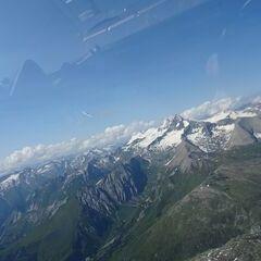 Flugwegposition um 14:10:20: Aufgenommen in der Nähe von Gemeinde Kals am Großglockner, 9981, Österreich in 3654 Meter